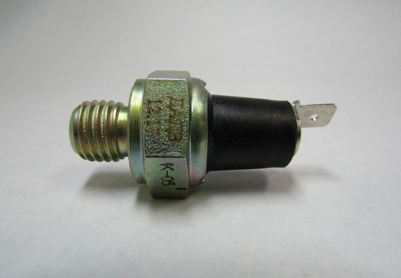 датчик давления масла на тракторе МТЗ-82, 80