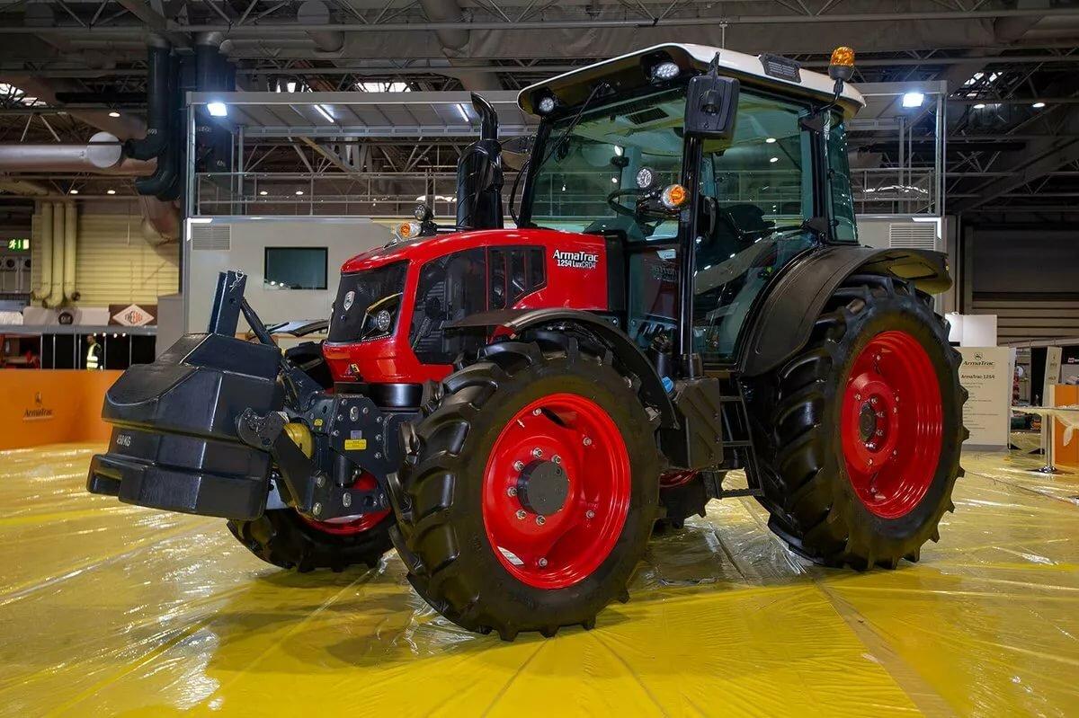 ТОП-5 лучших тракторов для покупки в 2022 году